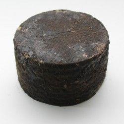 Queso Curado en Pimienta Negra